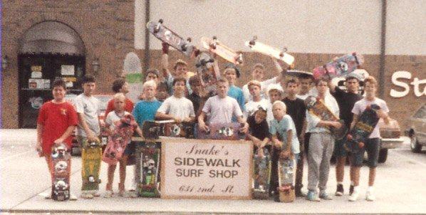 skate shop - riverdays parade skaters